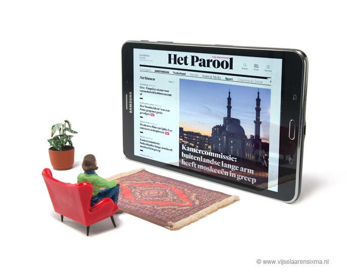 vijselaarensixma illustratie Newspaper on Tablet 2020
